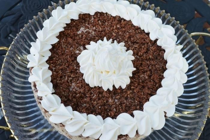 nutella-crunch-ice-cream-cake-fb-1