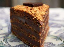 Torta s lješnjacima, Nutellom i čokoladom-1