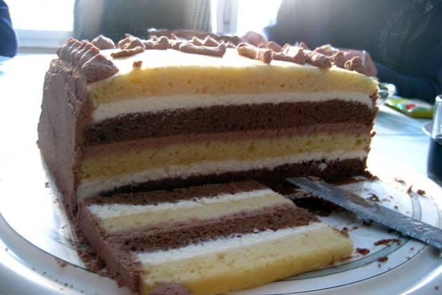 Prugasta torta