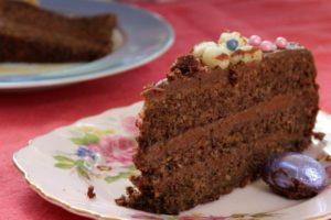 Čokoladna torta s orasima